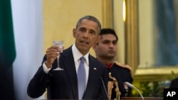 Tổng thống Hoa Kỳ Barack Obama phát biểu tại phủ tổng thống ở New Delhi, Ấn Độ, ngày 25/1/2015.