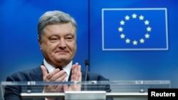 Ukrajinski predsednik Petro Porošenko na konferenciji za novinare u Briselu