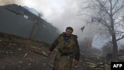 2015年2月3日炮击摧毁乌克兰东部顿涅茨克市房屋