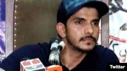 محسن عباس حیدر نے لاہور میں پریس کانفرنس میں بیوی پر تشدد کو الزامات قرار دیا۔