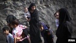 تصویری از یک محله در شمال شرق تهران که کودکان آن شناسنامه ندارند