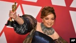 روث ئی کارتر، برنده بهترین طراح لباس برای فیلم «پلنگ سیاه» - نود و یکمین مراسم اسکار، ۲۴ فوریه ۲۰۱۹