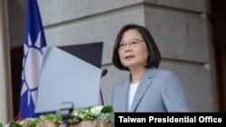台灣總統蔡英文在連任就職典禮上講話。 (2020年5月20日)