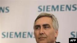 Tổng Giám đốc điều hành công ty Siemens Peter Loscher