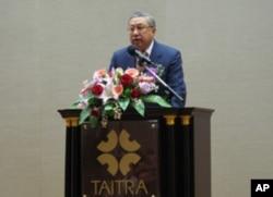 工商协进会理事长骆锦明致词