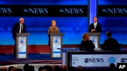 Soldan sağa, Bernie Sanders, Hillary Clinton ve Martin O'Malley