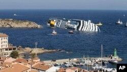واژگون شدن یک کشتی ایتالیایی
