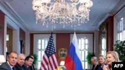 Сергей Лавров и Хиллари Клинтон 12 апреля 2012г.