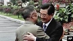 2010年8月27日中国领导人胡锦涛在长春会见朝鲜领导人金正日