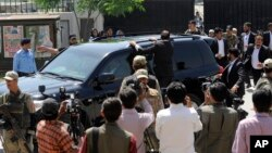 Pakistan's former President and military ruler Pervez Musharraf leaves the High Court in Islamabad, April 18, 2013.