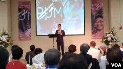 탈북자 지성호씨가 12일 미 동부 메릴랜드의 한인 교회에서 북한 인권에 대해 이야기하고 있다.