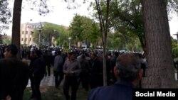 تجمع کشاورزان اصفهانی و حضور یگان ویژه پلیس