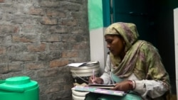 Women in Delhi Slum Access Services