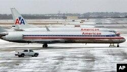 惡劣天氣迫使航空交通受阻