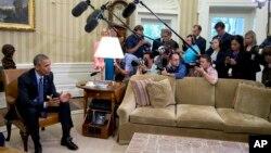 美国总统奥巴马就监控电话数据项目向媒体发表谈话。