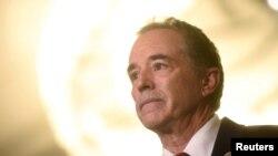 ARCHIVO - Representante Chris Collins (New York), acusado de uso indebido de información privilegiada.