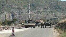 KFOR počeo da uklanja barikade