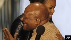 Michelle Obama et Desmond Tutu