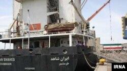 اقوامِ متحدہ کا کہنا ہے کہ امدادی سامان لے جانے والے بحری جہاز بھی حدیدہ اور عدن کی بندرگاہوں پر لنگر انداز ہوچکے ہیں۔