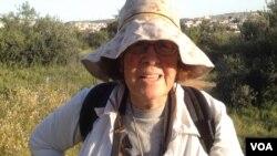 Michal Regev, Gazelle Valley Park, Jerusalem, April 8, 2015. (Michael Lipin / VOA)