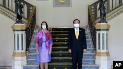 ထိုင္းဝန္ႀကီးခ်ဳပ္ Prayuth Chan-ocha က ျမန္မာႏိုင္ငံဆိုင္ရာ ကုလ အထူးကိုယ္စားလွယ္ Christine Schraner Burgener နဲ ့ ေတြ ့ ဆံုစဥ္ ( ဓာတ္ပံု- AP)