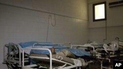 트리폴리의 아부살림 병원에서 발견된 대규모의 시신들