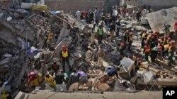 لاہور: ملبے سے مزید لاشیں برآمد