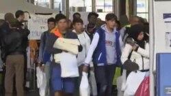 آلمان به صدها هزار مهاجر پناهندگی سیاسی می دهد