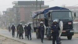 Dispersion des manifestations des opposants