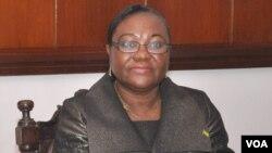 Maria das Neves, candidata às presidenciais de São Tomé e Princípe