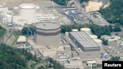 Tư liệu - Nhà máy điện hạt nhân Tsuruga của hãng Japan Atomic Power ở Tsuruga, tỉnh Fukui, Nhật Bản. (Ảnh: Kyodo)