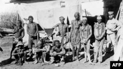 په نمیبیا کې د هیریروز او نماس قبیلي غړي.