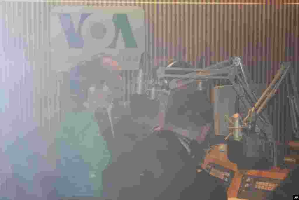 Posljednja radijska emisija Glasa Amerike na hrvatskom jeziku, Washington, DC, 23. studenog 2011.