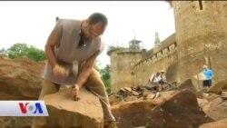 Fransa'da Ortaçağ Yöntemleriyle Kale İnşaatı
