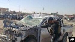 폭탄공격으로 파괴된 이라크 민간 차량 (자료사진)