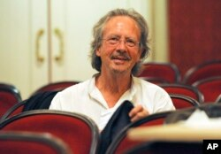 FILE - In this Friday Aug. 7, 2009 file photo, Austrian author Peter Handke