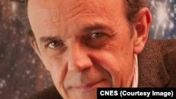 Francis Rocard, de l'Agence spatiale française, joint par Jacques Aristide