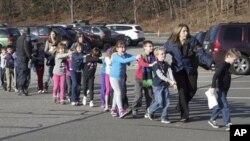 Vụ thảm sát tại trường tiểu học bang Connecticut, Hoa Kỳ