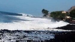 Mar ameaça vidas em aldeia cabo-verdiana que pede um muro de protecção - 2:00