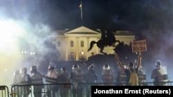 Affaire George Floyd: affrontements devant la Maison Blanche