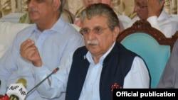 پاکستان کے زیر انتظام کشمیر کے وزیر اعظم راجہ فاروق حیدر (فائل فوٹو)