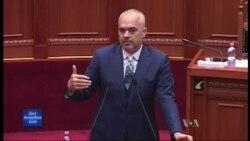 Shqiperi, Debat mbi emigrimin