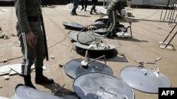 Tahran hükümeti farklı fikirlerle mücadele kampanyası çerçevesinde uydu antenlere karşı karsı acımasız bir kampanya başlattı