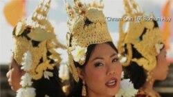 Singer Bochan Huy puts American Twist on Cambodian Classics