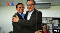 Kem Sokha and Sam Rainsy in Manila.