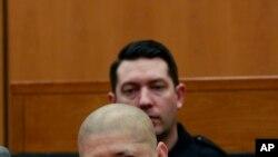 杀害两名美国警察的非法移民路易斯·布拉卡蒙提斯