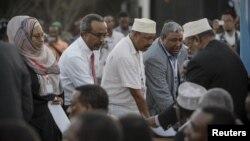 Para anggota parlemen Somalia saat acara sumpah jabatan di Mogadishu bulan Agustus. Parlemen akan memilih Presiden baru Somalia hari Senin (10/9).