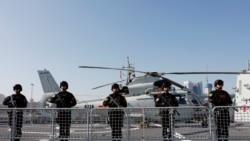 """时事经纬(2020年10月13日) - """"世界最庞大海军""""再添战斗力,抗衡美国指日可待? 台湾人央视悔罪,中共或又用""""间谍案""""进行外交报复"""