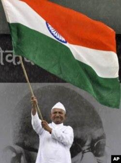 Indian Anti-Corruption Activist Promises 'Revolution'