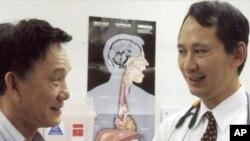 Tiến sĩ-Bác sĩ Nguyễn Thanh Tùng